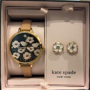 🌸NWT Kate SpadeWatch & Earrings Box Set🌸